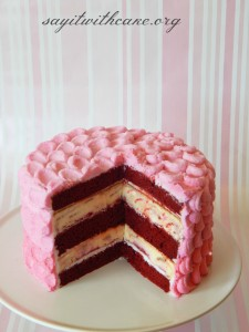 raspberry-redvelvet-cheesecake
