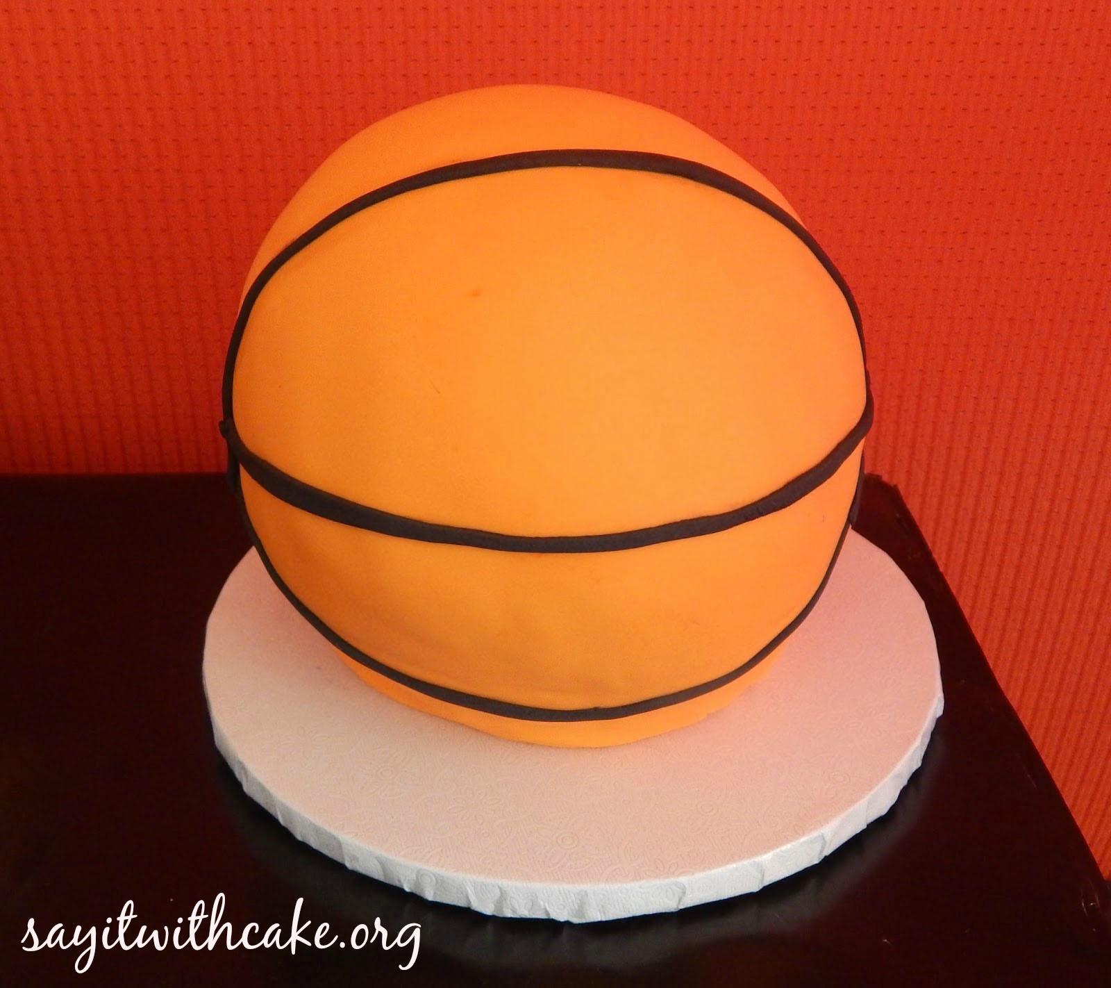 miami-heat-party-basketball-cake