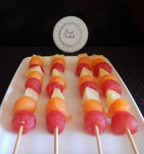 miami-heat-party-fruit-kabobs