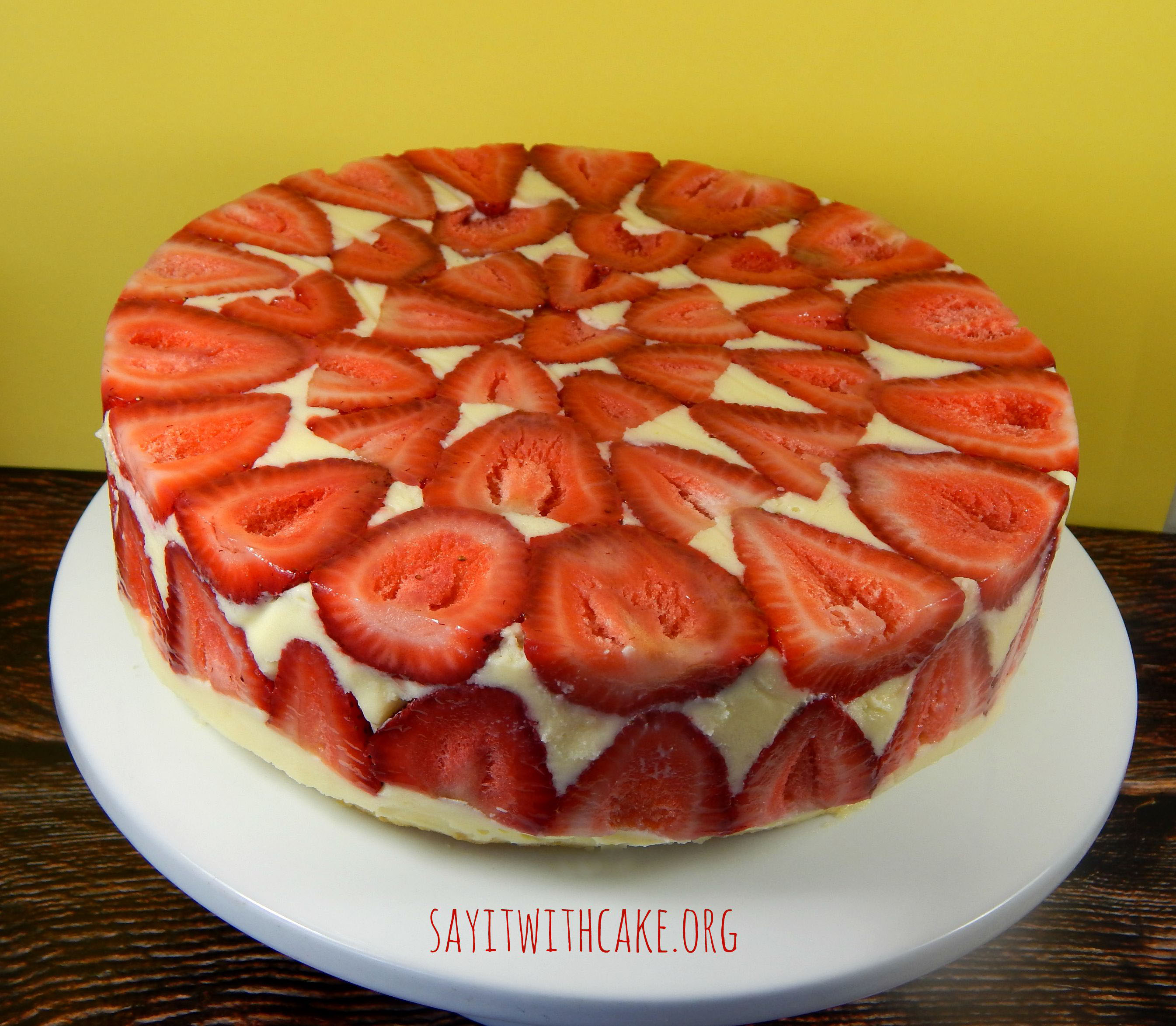 Strawberry fraisier cake say it with cake - How to slice strawberries for decoration ...