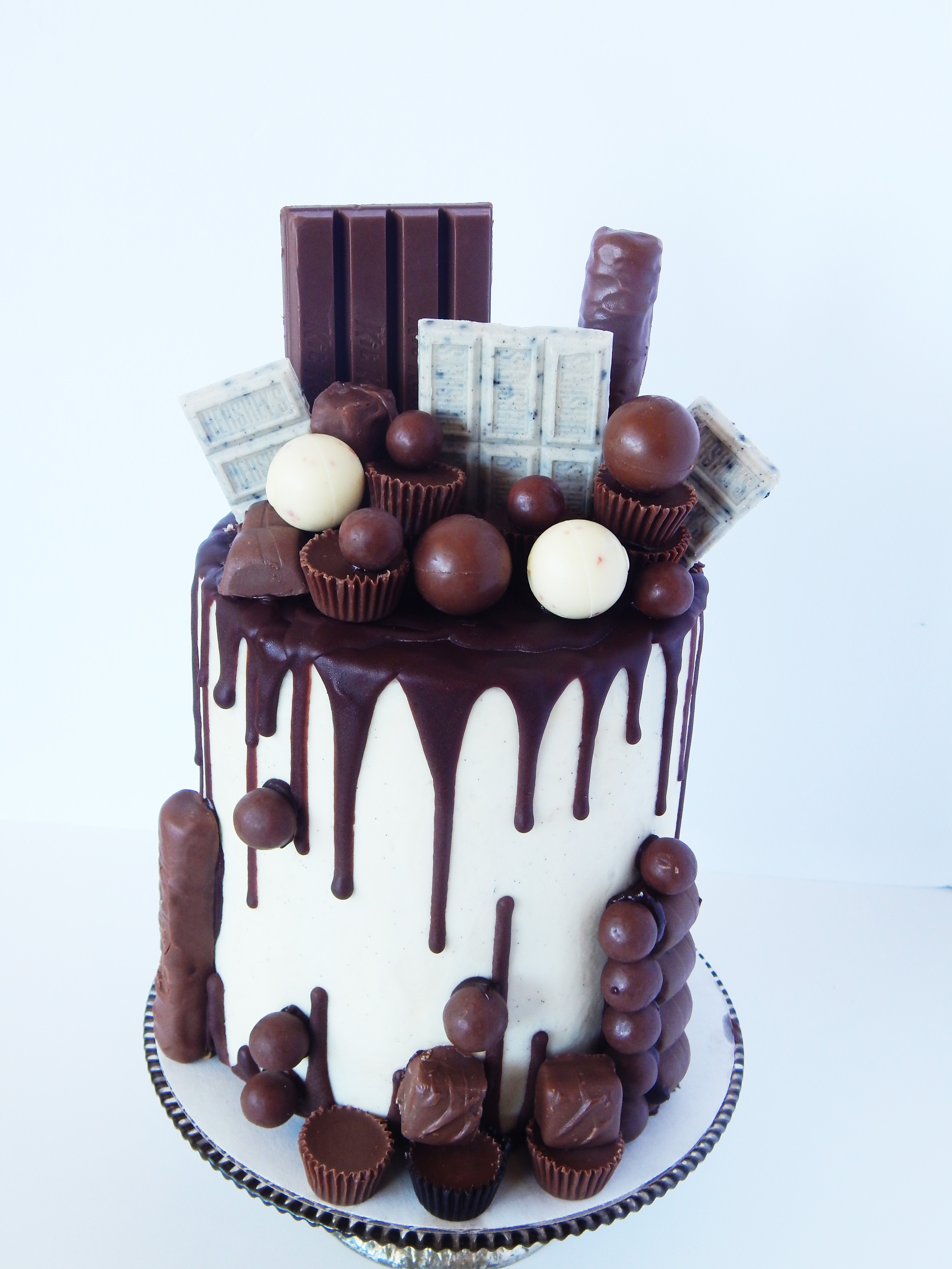 Chocolate Candy Cake - Say it With Cake