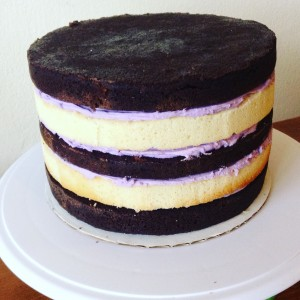how to stack and fill a cake