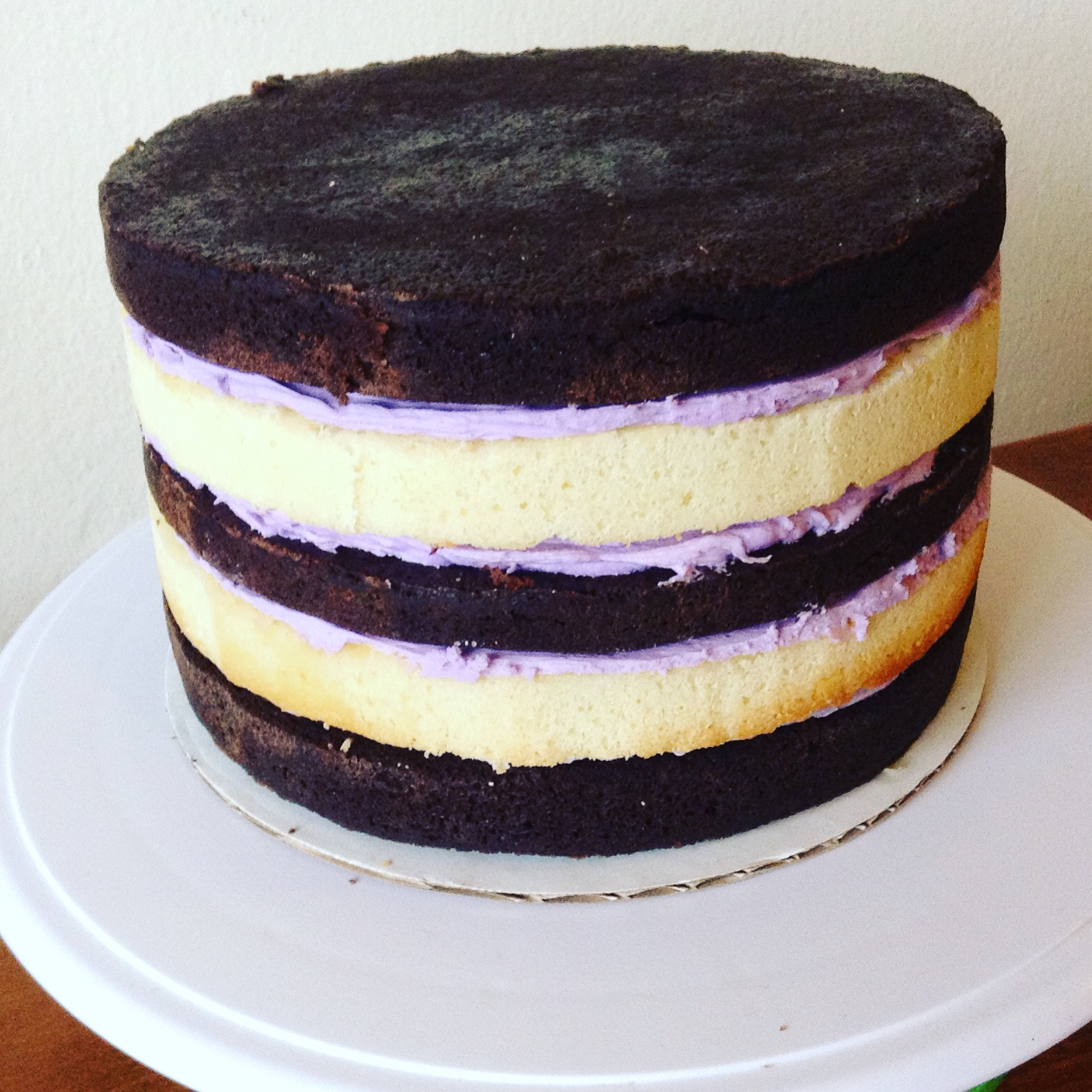 Can You Stack A Frosted Cake